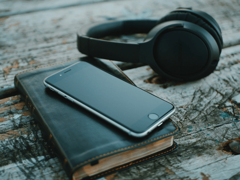 Christian community in the age of internet and podcast preachers