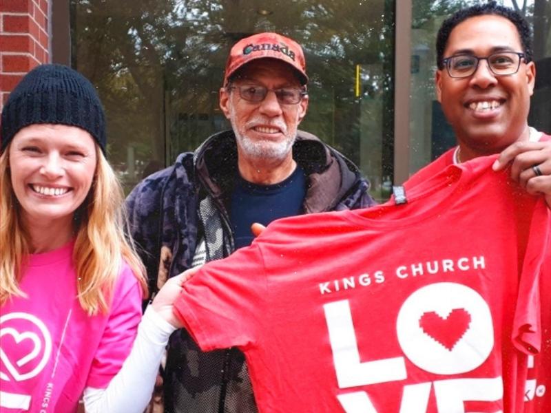 Canada church shows love in COVID season