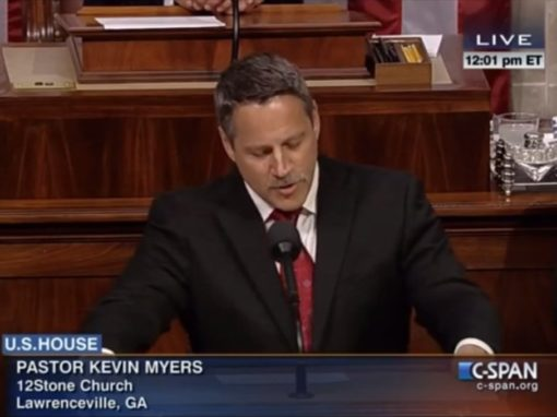 12Stone pastor opens House of Representatives session with prayer